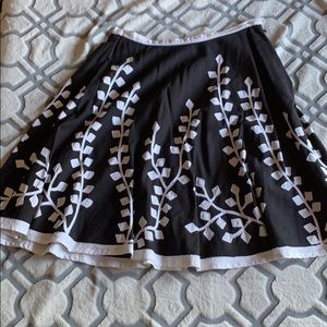 Dimri Skirt Collection In black and white design